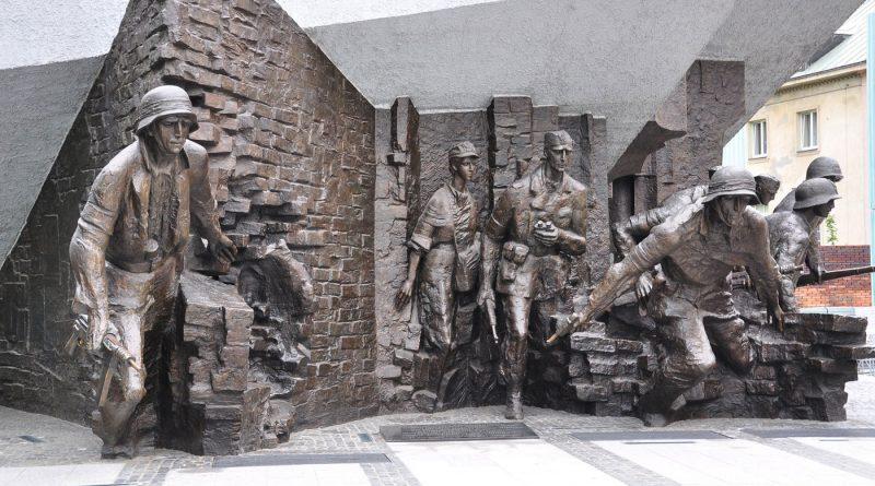 Rising 44 monument