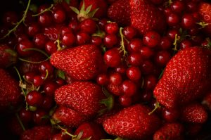 strawberries-and-red-currants